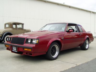 custom red buick grand national