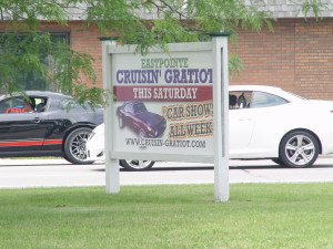 gratiot avenue cruise sign