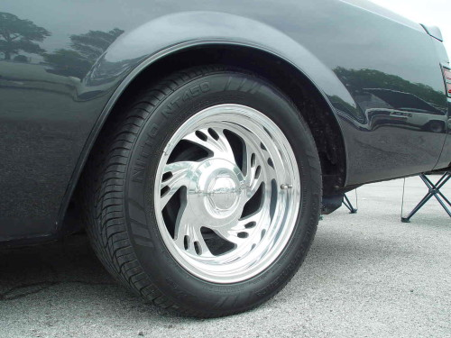 cool rims on a buick grand national