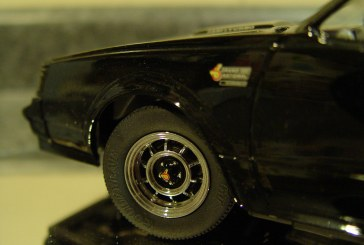 1:18 Scale GMP 8005 1986 Buick Grand National