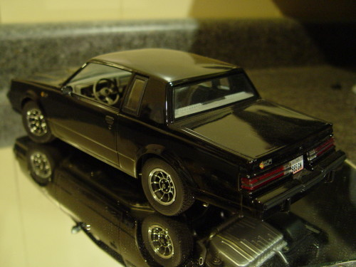 gmp 8007 1985 buick grand national diecast model car