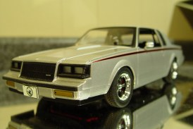 1:18 Scale GMP G1800215 '87 Buick StreetFighter (silver)