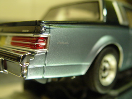 gmp diecast d84 buick limited two tone blue