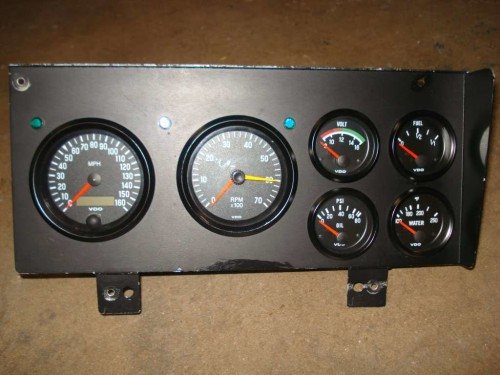 Performance Instruments buick dash 1