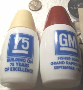 fisher body grand rapids salt pepper shakers