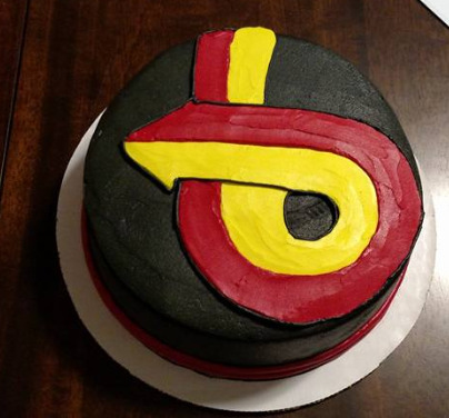 turbo 6 arrow cake