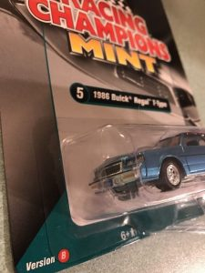 1986 BUICK REGAL T-TYPE 2017 RACING CHAMPIONS VERSION B 1 OF 1256 -2