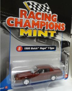 1986 BUICK REGAL T-TYPE 2017 RACING CHAMPIONS VERSION D -1