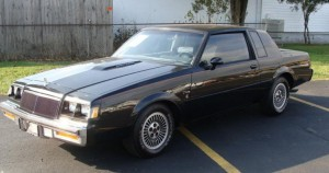 1984 black t-type