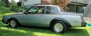 silver grey buick regal