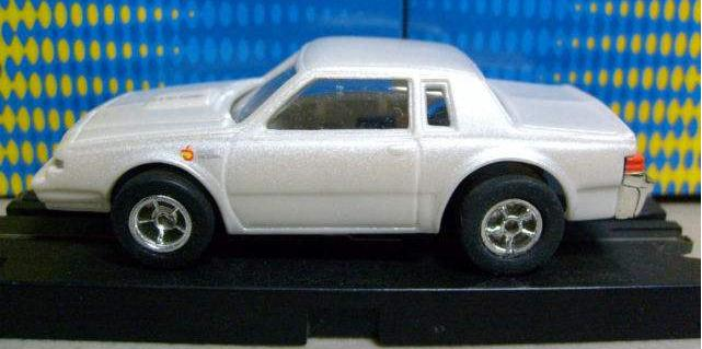 JL Xtraction white Buick GN