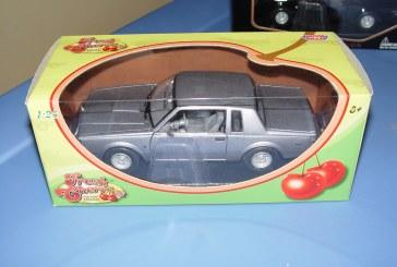 Motor Max 1987 Buick Regal Fresh Cherries Series