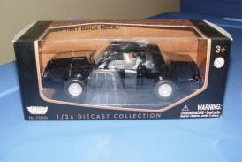 Motor Max 1987 Buick Regal Grand National (Turbo T)