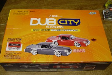 Dub City Old Skool 4 car Boxed Set 1:24 Buick Grand National