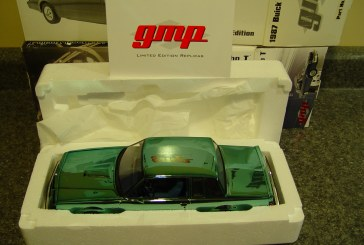 1:18 Scale GMP 8102CB Buick Regal Turbo T