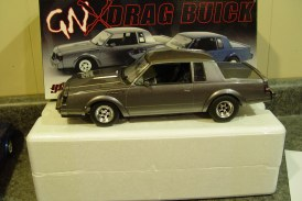 1:18 Scale GMP G1800221 GNX Drag Buick (gray)