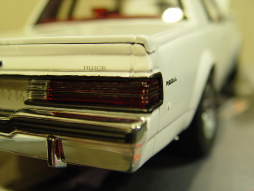 white 1986 buick t type diecast model
