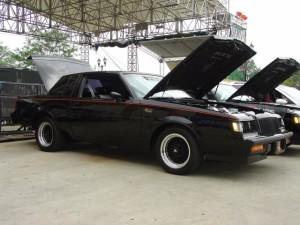 buick at car show