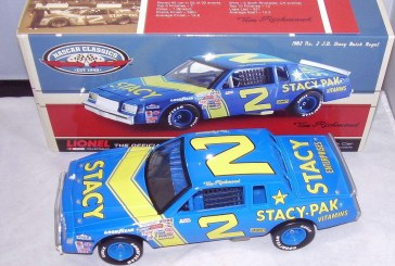 Action Nascar Classics 1982 Buick Regal Diecast