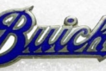 Asst Buick Pins Buttons Badges