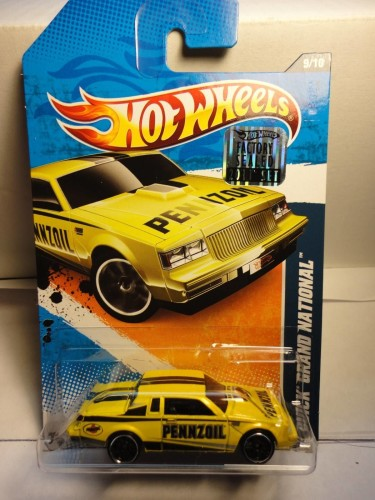 from Hotwheels 2011 Factory Sealed Set 1 of 500 yellow pennzoil