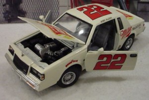 Bobby Allison #22 Miller High Life 1987 Buick Regal