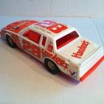ERTL plastic Cale Yarborough Hardees NASCAR 1982 Buick Regal