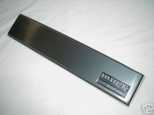BUICK GN TRIMPLATE