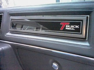 buick regal with T glovebox