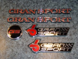 buick gran sport emblems