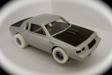 Johnny Lightning White Lightning Scale Toy Cars