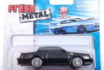 Maisto Fresh Metal Buick GN 1:64 Scale Diecast Car
