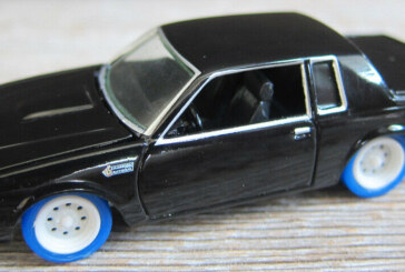 1:64 JL F&F Buick Grand National Lightning Strike Prototype Diecast Car