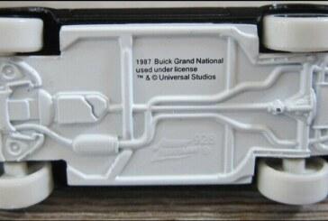 1:64 JL F&F 87 Buick Grand National White Lightning Prototype