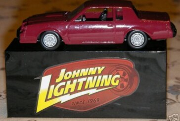 2007 Johnny Lightning Fest at Wizard World Chicago Buick GN Diecast car