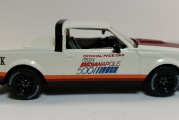 Custom 1:43 Scale Greenlight 1981 Buick Regal Indianapolis 500 Pace Car