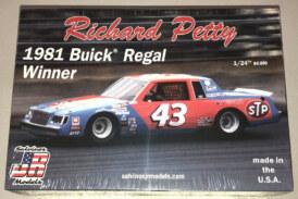 Richard Petty 1981 Buick Regal Stock Car Model Kit